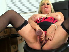 British milf Christina X pleases..