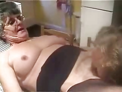 Amateur older. Licking pussy of..