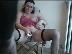 Hot mature italian floozy loves..