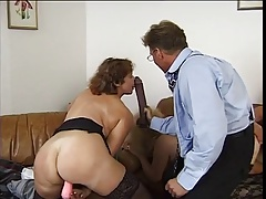 Group sex concerning grannies - 5