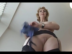 Mature English kirmess babe in..