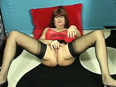Whore Playing With Her Mature Pussy
