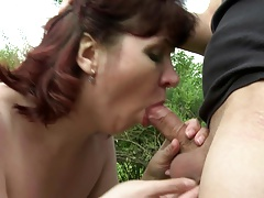 Mature mummy suck and fuck young..