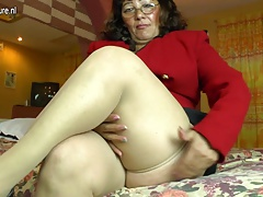 Horny amateur Latin mature ma..