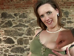 Booty mature mom suck plus fuck..