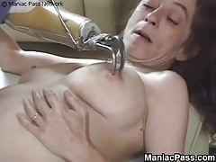 Kinky respect for mature dame