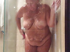 fat chick in the shower