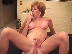 A mature couple showing sex can..